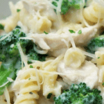 Creamy Garlic Chicken & Broccoli Pasta