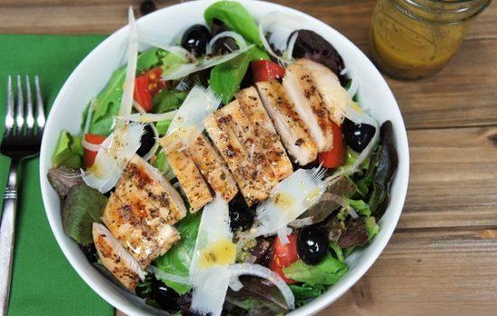 Grilled Chicken Italian Salad