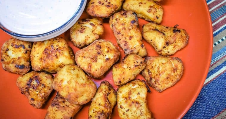 Chicken Nuggets with Sriracha Ranch Sauce